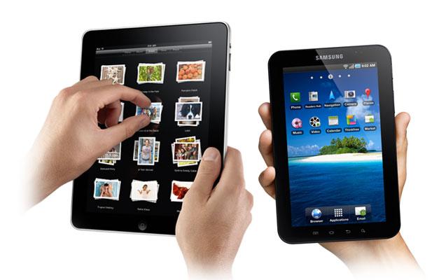 iPad à droite et Tab 7 à gauche